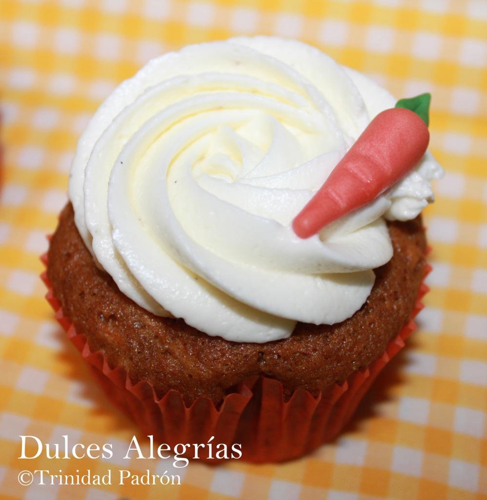 ©Trinidad Padrón Cupcakes de zanahorias con buttercream de crema de queso 01