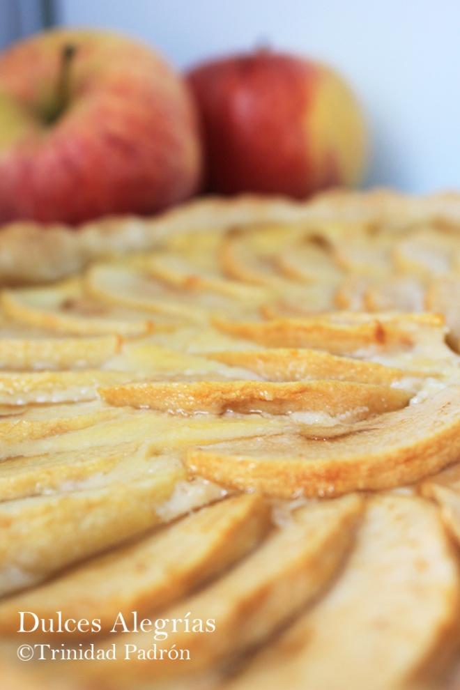 © Trinidad Padrón Tarta de manzana hojaldre